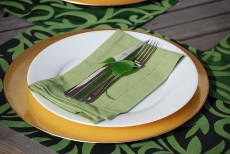 bargain place setting