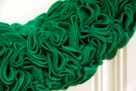 how to make a felt ruffle rosette wreath st. patrick's day craft ideas