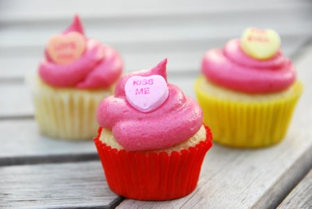 lemon cupcakes buttermilk fresh raspberry buttercream frosting valentines day recipes treats